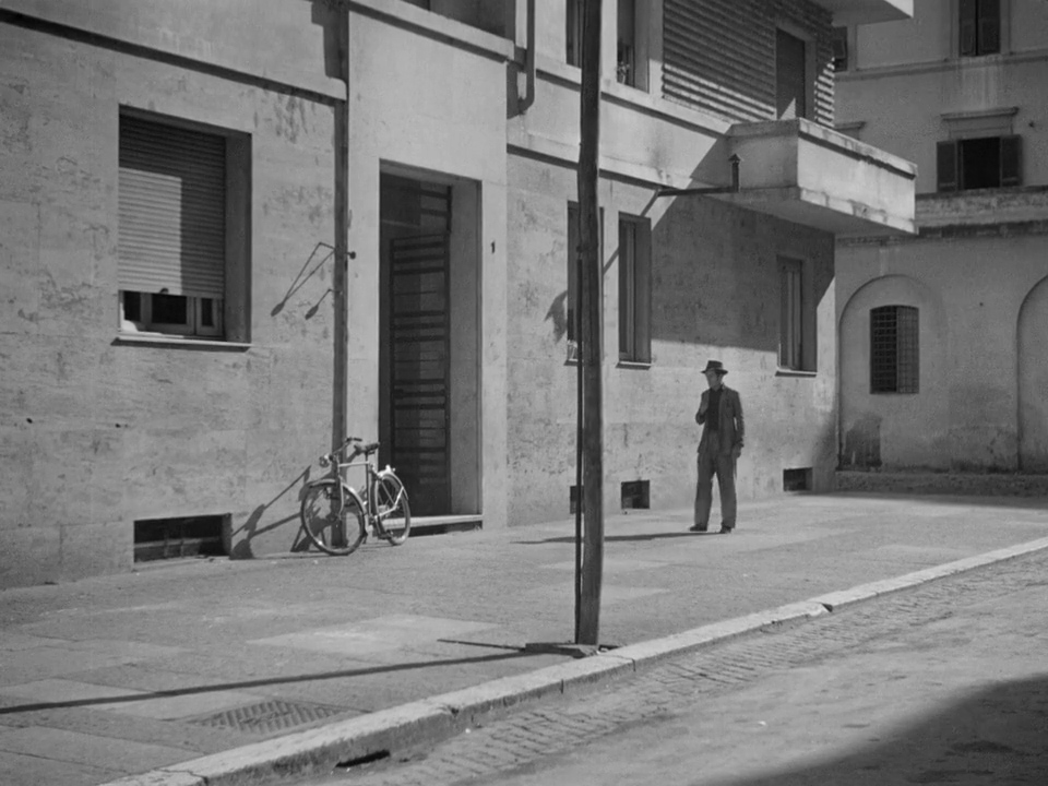 an analysis of the neorealism in the bicycle thief by cesare zavattini