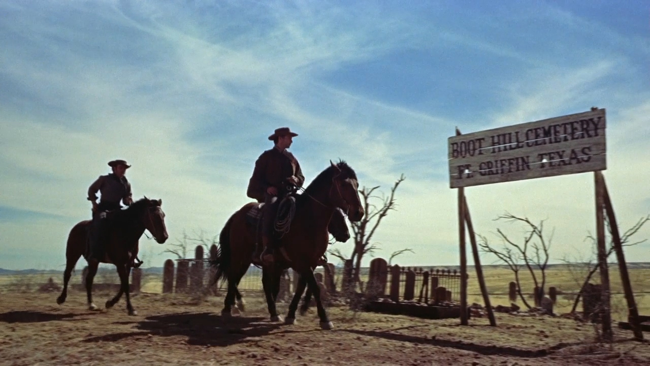 Gunfight-at-the-OK-Corral-1957-00-02-40