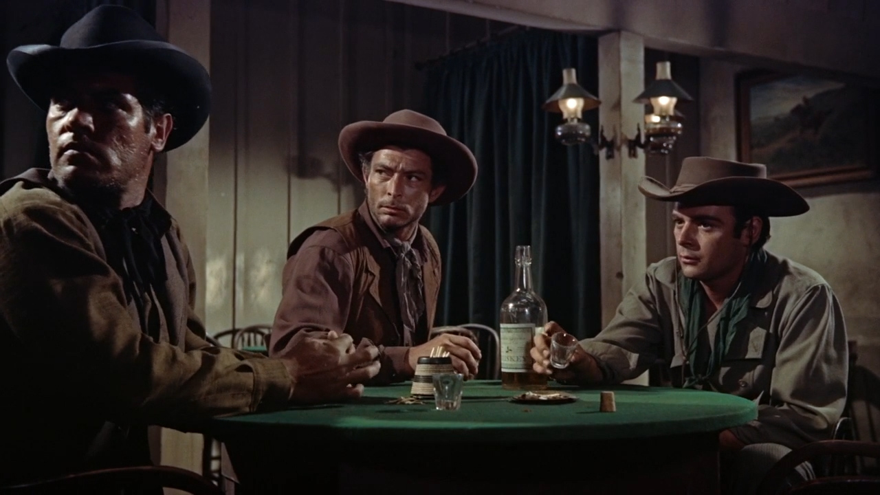 Gunfight-at-the-OK-Corral-1957-00-15-03