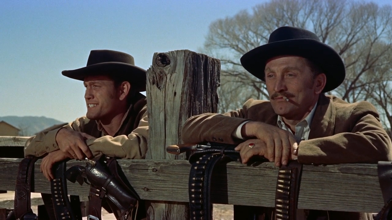 Gunfight-at-the-OK-Corral-1957-00-49-53