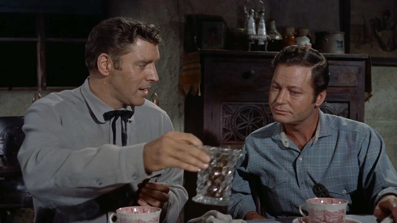 Gunfight-at-the-OK-Corral-1957-01-12-41