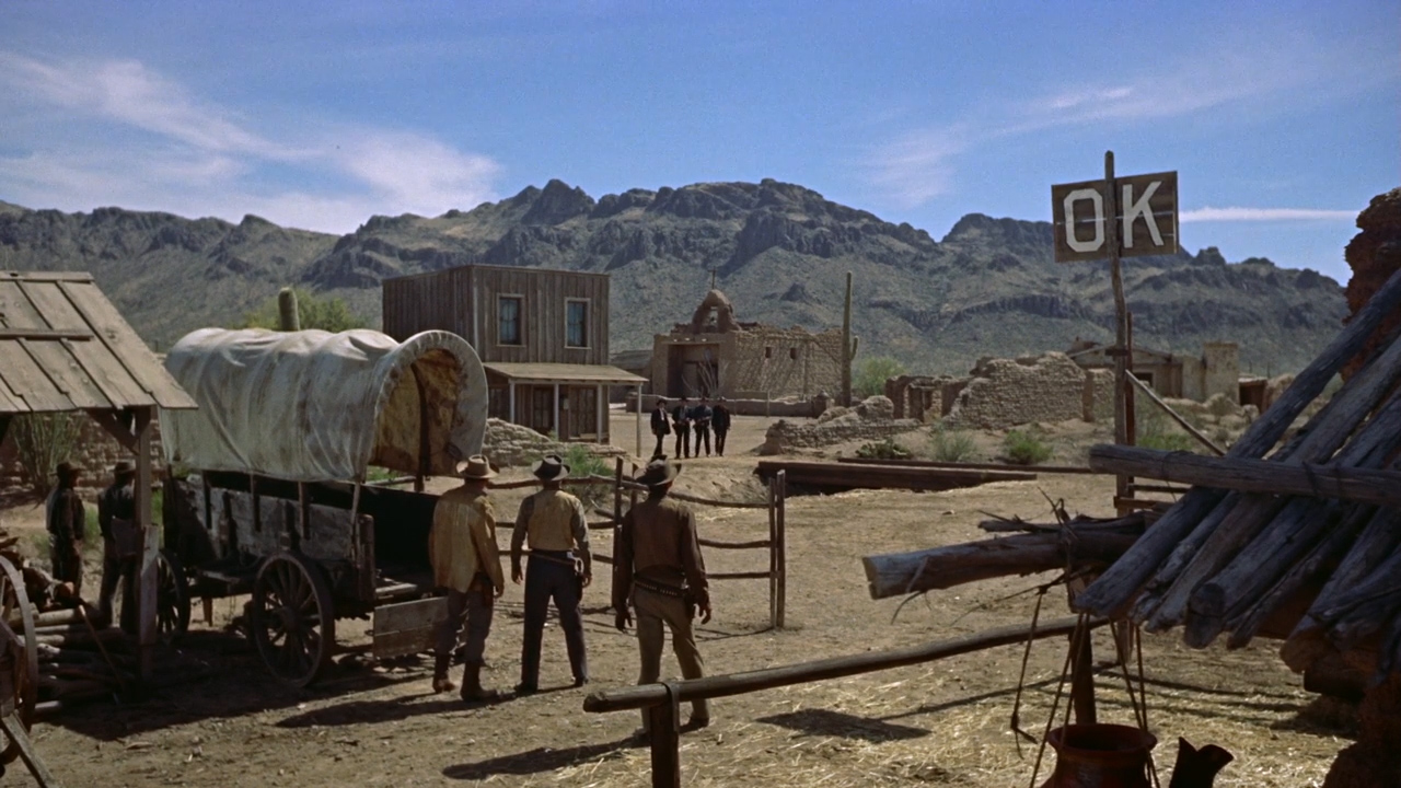 Gunfight-at-the-OK-Corral-1957-01-51-15