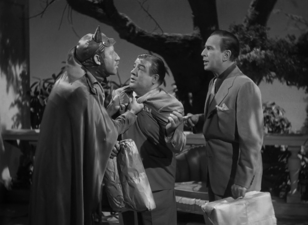 Abbott-and-Costello-Meet-Frankenstein-1948-00-54-13