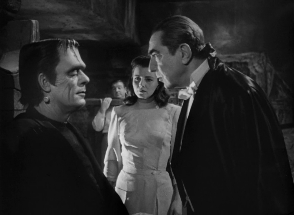 Abbott-and-Costello-Meet-Frankenstein-1948-01-07-41