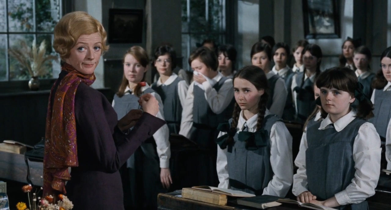 Prime-of-Miss-Jean-Brodie-1969-00-11-31
