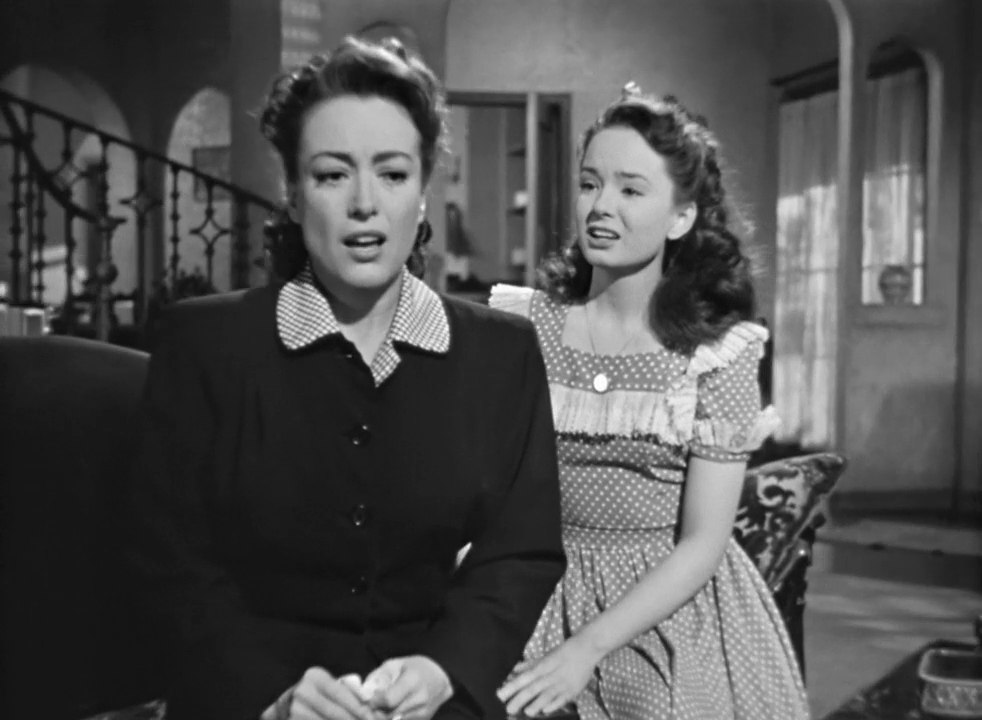Mildred-Pierce-1945-00-40-13