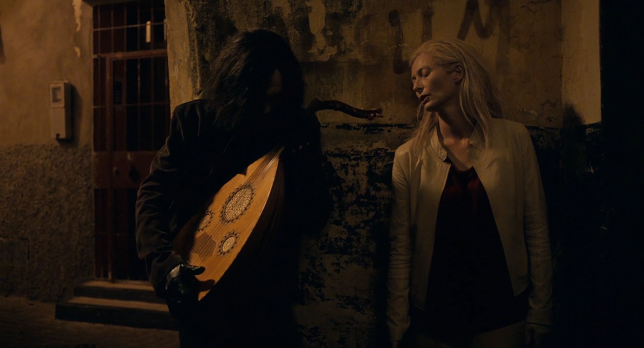 Only-Lovers-Left-Alive-2013-01-51-52