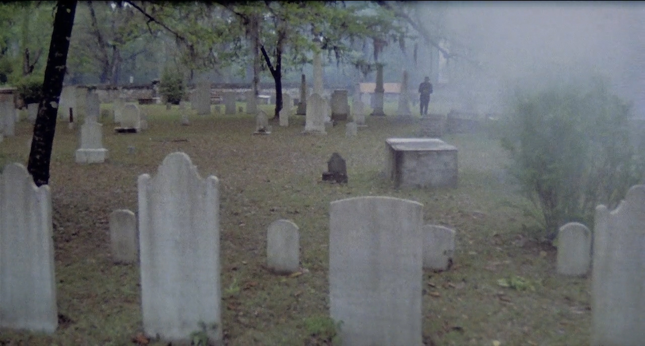 City-of-the-Living-Dead-1980-00-01-25