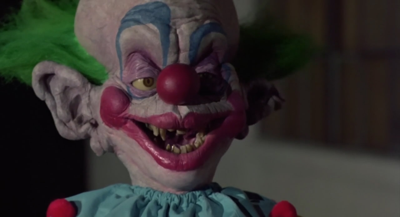 Killer-Klowns-from-Outer-Space-1988-00-32-39